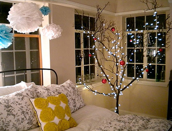String Lights For Bedroom Ideas