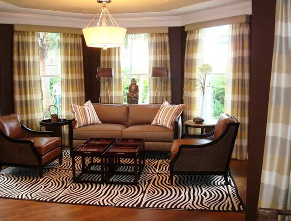 Traditional Living Room Drapes
