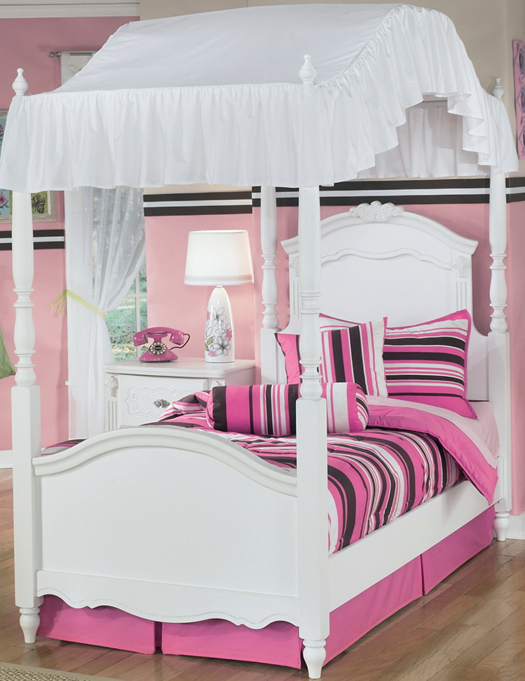 Twin Canopy Bed Set