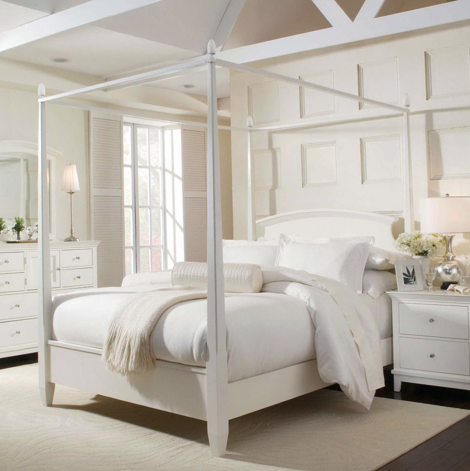 White Canopy Bed Full Size