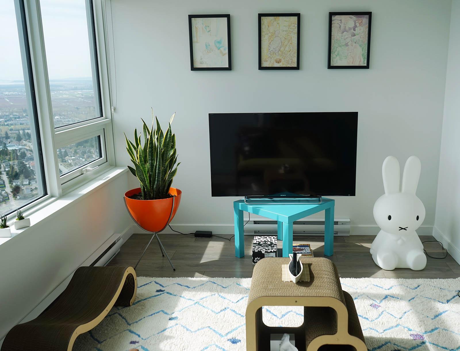 A Japanese Fashion Blogger S Cute Apartment Adorable Home