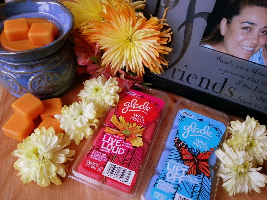 Setting the mood of the tropics with my Glade® Wax Melts Warmer with the Glade® Hawaiian Breeze wax  #MeltsBestFeelings #shop
