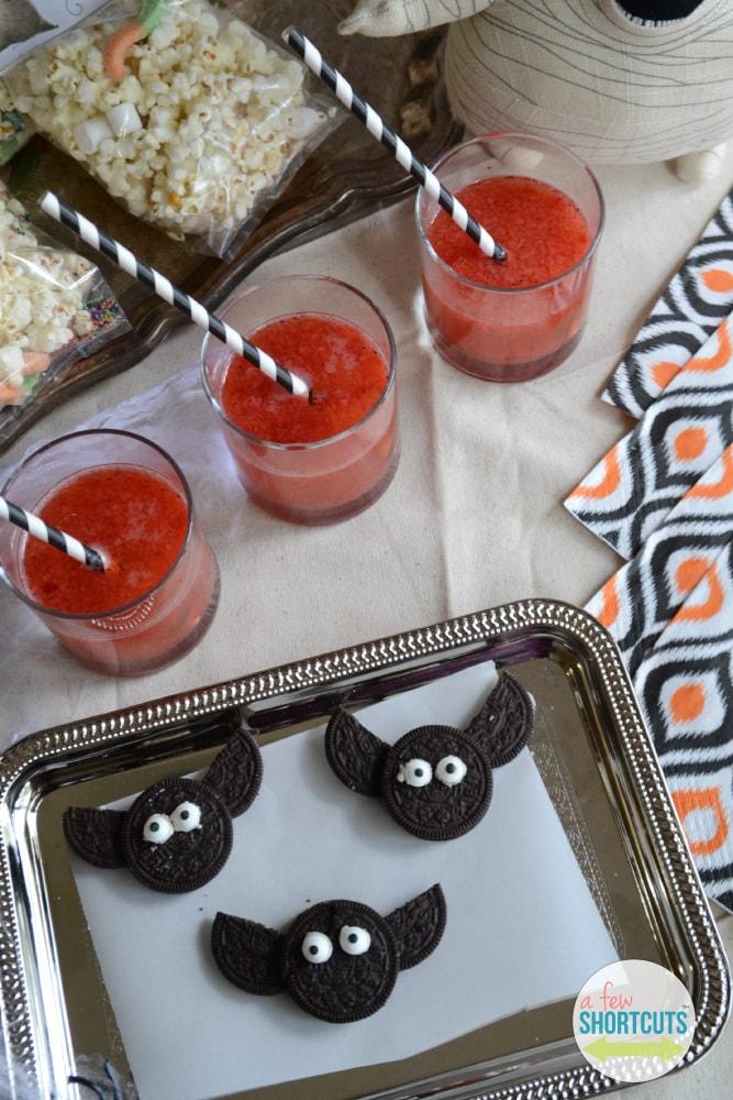 Simple Oreo Bats Fun Halloween Treat A Few Shortcuts