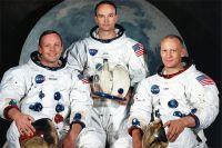 Neil Armstrong, Майкл Коллинз және Ащы Олдрин.