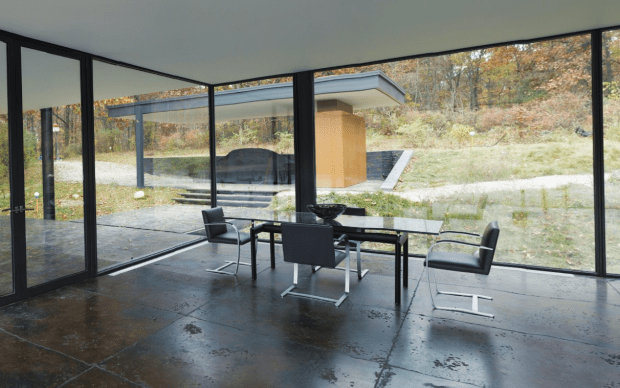 House Lake Decor Modern