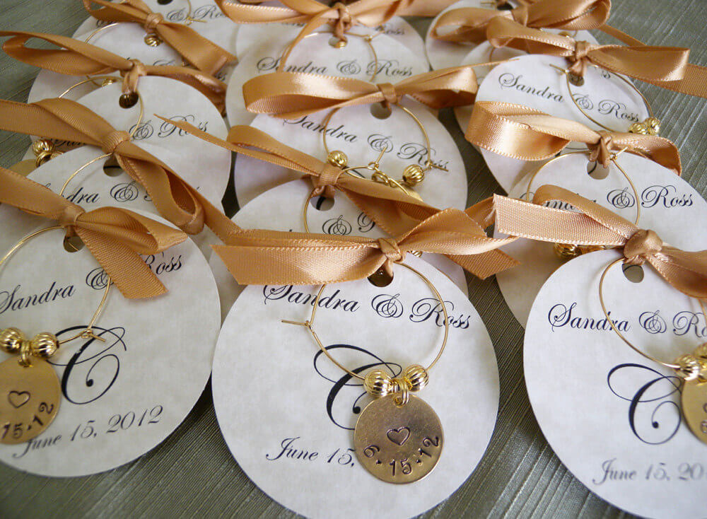 Unique Inexpensive Wedding Favors