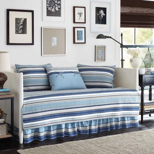 Shop Stone Cottage Fresno Blue 5 Piece Quilted Daybed