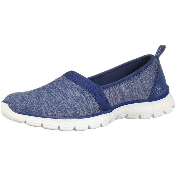 Easy Spirit Motion Walking Shoe