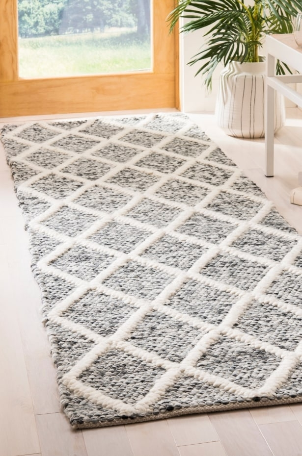 6 Tips On Buying A Runner Rug For Your Hallway Overstock Com   Carpet Runners Sold By The Foot   Wooden Stair   Coastal Carpet   Laminate   Grey   Wedding