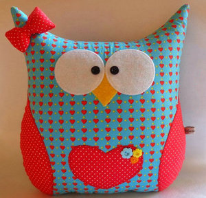 Pattern of toys Owls