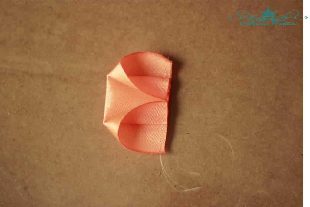 ワイドサテンリボン3からの弓3