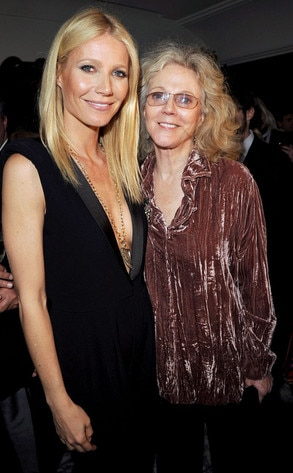 Gwyneth Paltrow & Blythe Danner from Celebrity Mothers ...