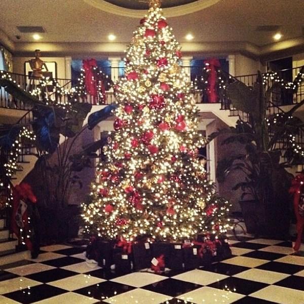 Elves Christmas Presents