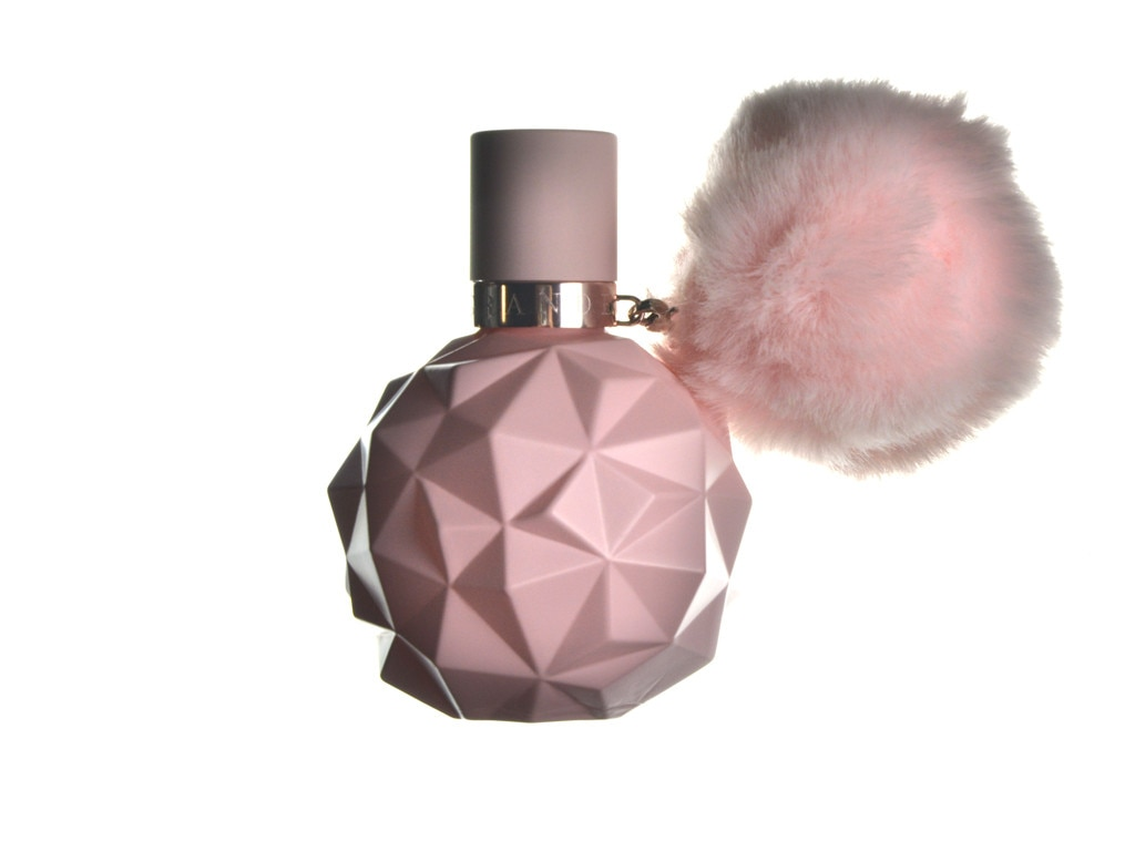 What Celebrity Fragrances Really Smell Like—Britney Spears ...