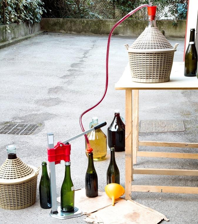 как снимать с осадка домашнее вино