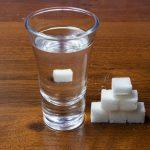 Takže jsme se zabývali triky přípravy správné braga pro samo-Sage Mornogon. Bod není tak nákladný, poměrně jednoduchý provedený a dostatečně rychlý. Nejdůležitější věcí je dodržovat proporce, ne přehnané s cukrem a kvasinkami a odpovědně přiblížit výběr kontejnerů pro fermentaci a vodu. Dokonce i nováček bude vyrovnat s cukrem braga, a ne-hlasatelské profesionálové mohou provádět většinou odvážnější experimenty, které budeme mluvit o příště.