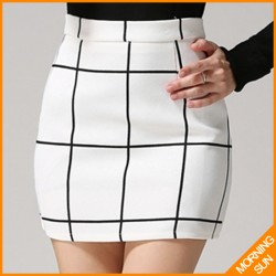 2015-new-fashion-british-style-autumn-winter-black-white-corlor-elegant-ladies-plaid-skirts-0252-1
