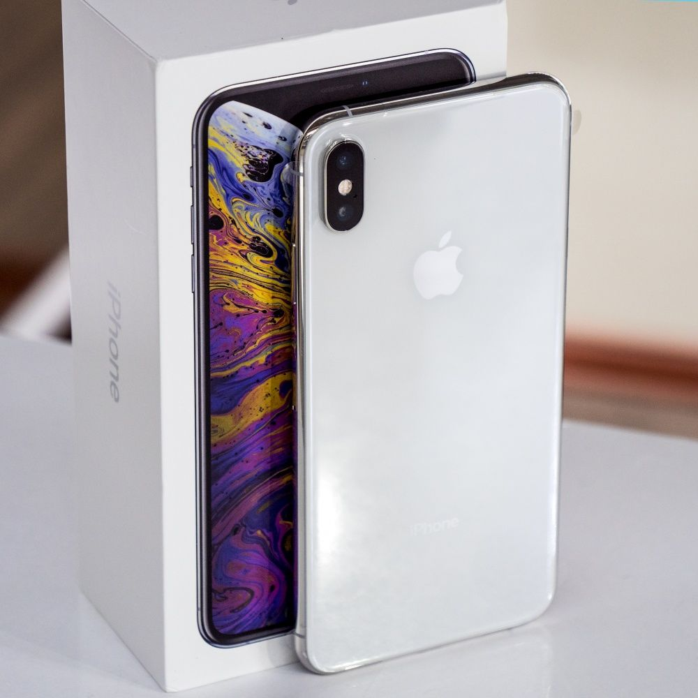 Apple Iphone Xs Max в белом цвете