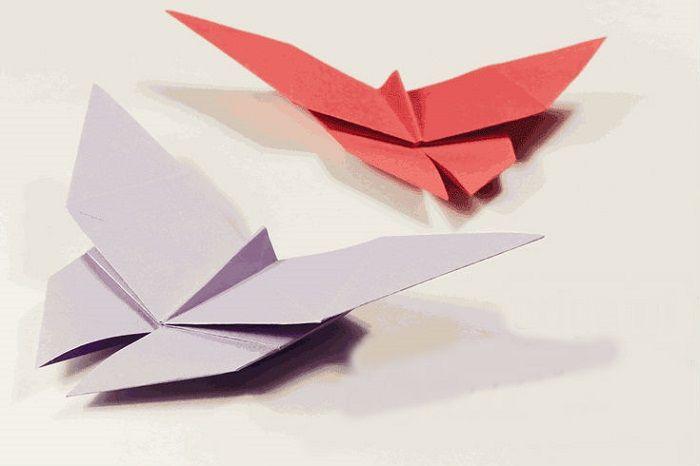 Бобочка оригами из цветной бумаги