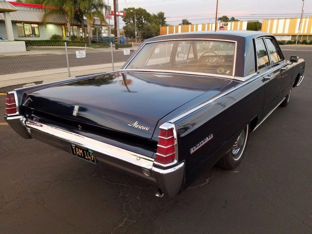 1964 Lincoln Continental 4 Door