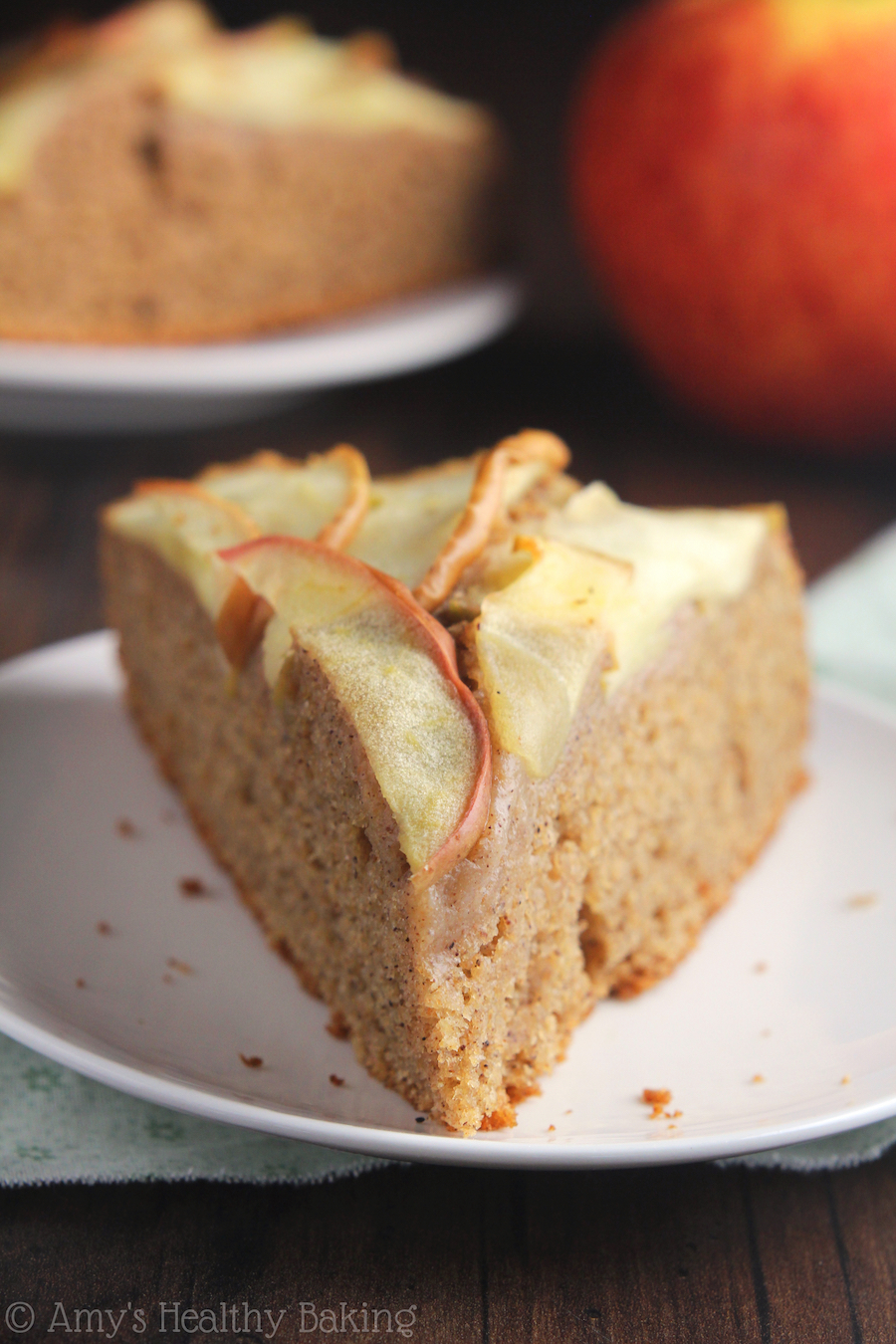 Easy Apple Cinnamon Cake
