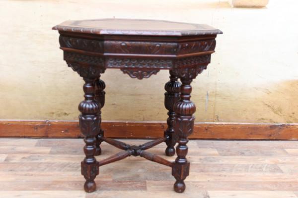 8 eckiger Gründerzeit Tisch - Beistelltisch