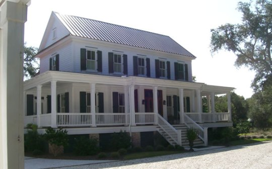 Southern Home Plans     Plantation Style   Wrap Around Porch Picture 3 of Plantation Style with a View