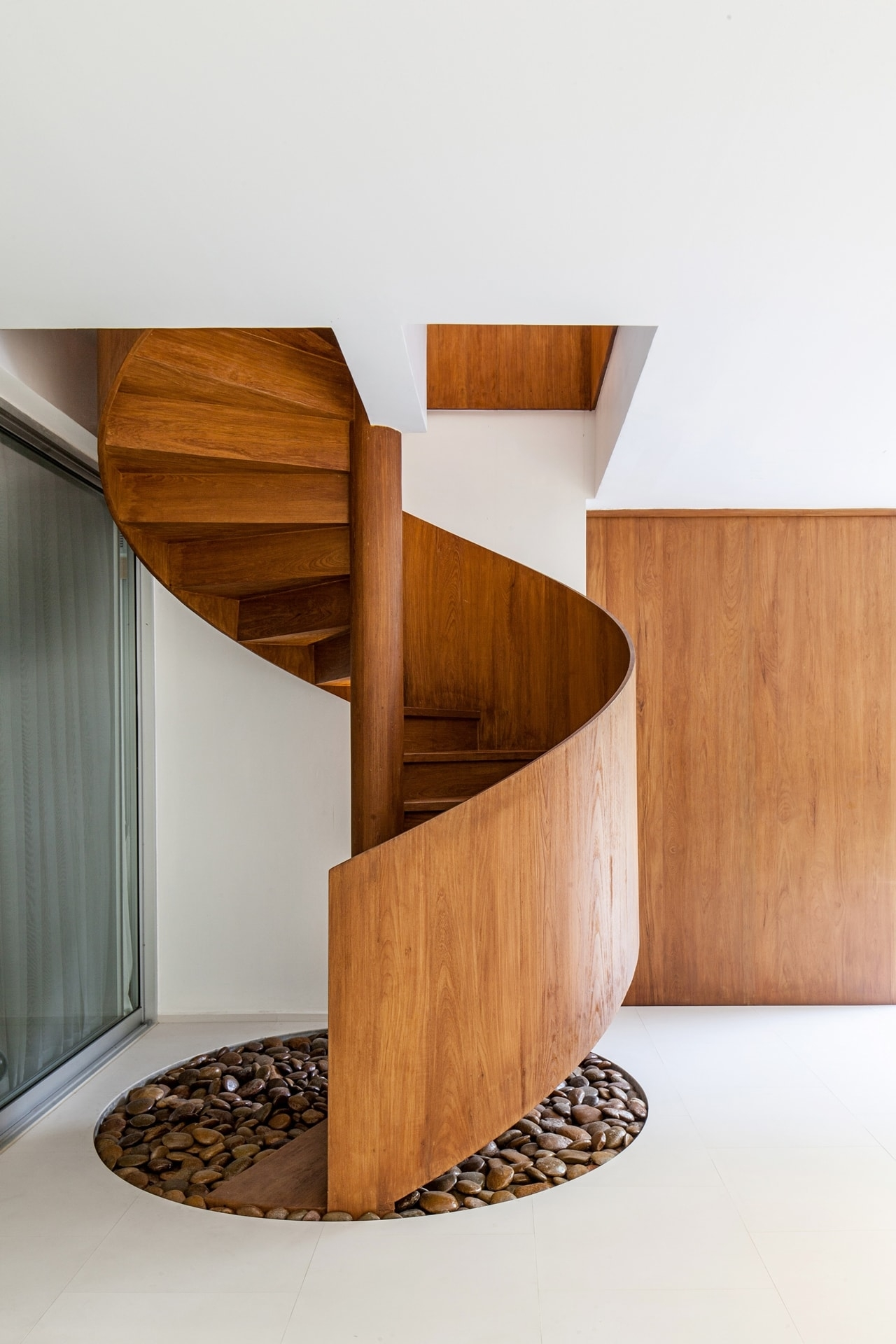 Top 10 Best Spiral Staircase Ideas Architecture Beast   Wooden Spiral Stairs Design   Interior   Curved   Space Saving   Rustic   Contemporary