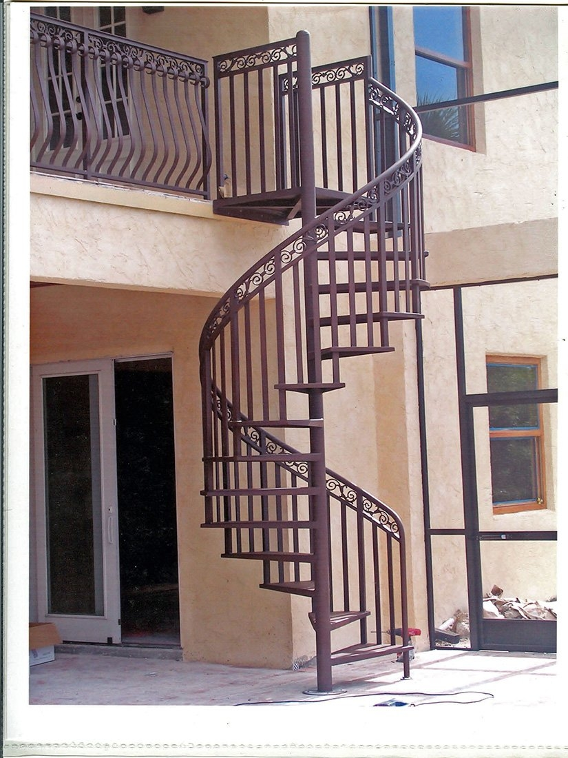 Spiral Staircase An Architect Explains Architecture Ideas   Minimum Space For Spiral Staircase   Stair Treads   Building Regulations   Design   Space Saving   Tread Depth