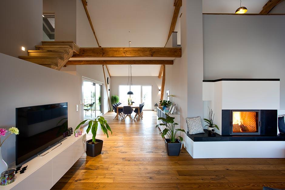 Umbau einer alten Scheune in ein Wohnhaus
