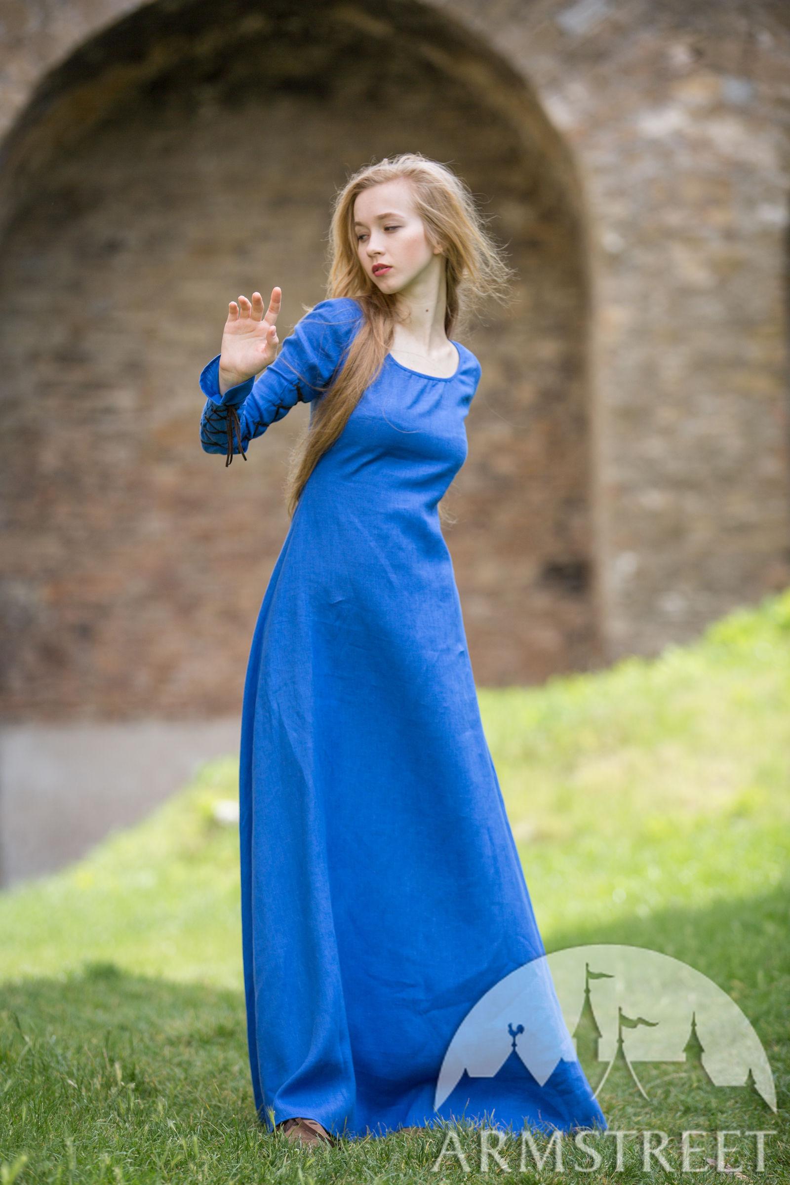 Original Medieval Stile Dress Hat And Skirt Set Natural