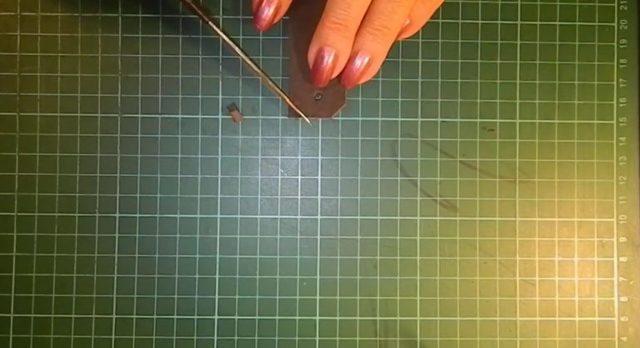 Πώς να φτιάξετε ένα βραχιόλι από δέρμα με τα χέρια σας: Master Class και Σχέδια