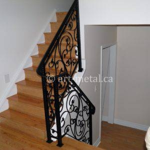 Interior Metal Stair Railing From The Best Contractor In Toronto | Aluminum Stair Railings Interior | Wrought Iron | Iron Staircase | Cable | Outdoor | Handrail
