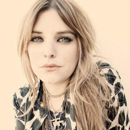 Juliet Simms Bio - The Voice, Songs, Albums, Career ...