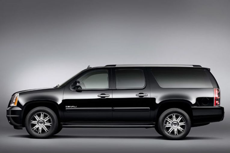 The Slow  Profitable Death of GM s Big SUVs   Bloomberg The Slow  Profitable Death of GM s Big SUVs