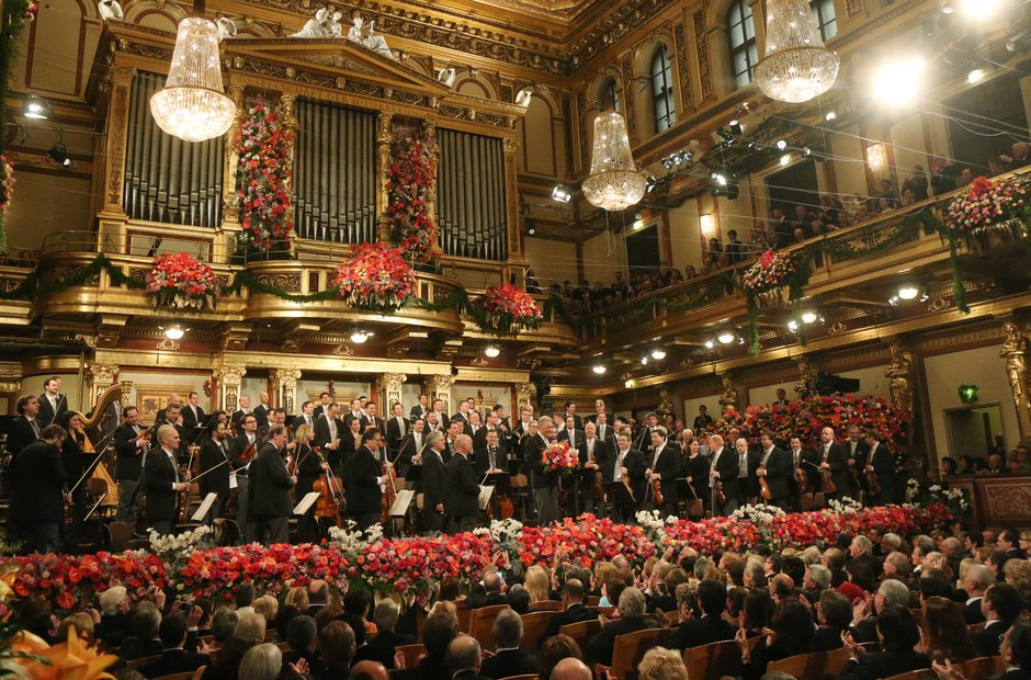 Beautiful pictures from the traditional New Year s Day Concert in     The Vienna Philharmonic take their place on stage
