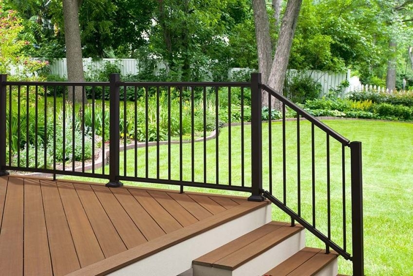 Fiberon Launches Elements Aluminum Railing At Lowe S And Lowes Com | Lowes Metal Stair Railing | Lowes Com | Aluminum Railing | Composite Deck Stair | Handrail Kit | Wood