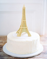 40 Simple Wedding Cakes That Are Gorgeously Understated   Martha     Wedding Cake with Eiffel Tower Topper