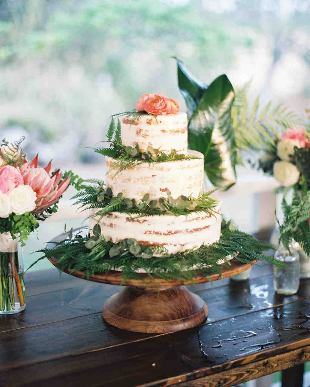 Martha Stewart Weddings Cakes