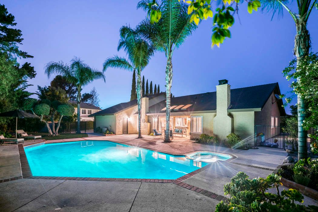 Gated Single Story Pool Home On 1 3 Acre Thousand Oaks Ca