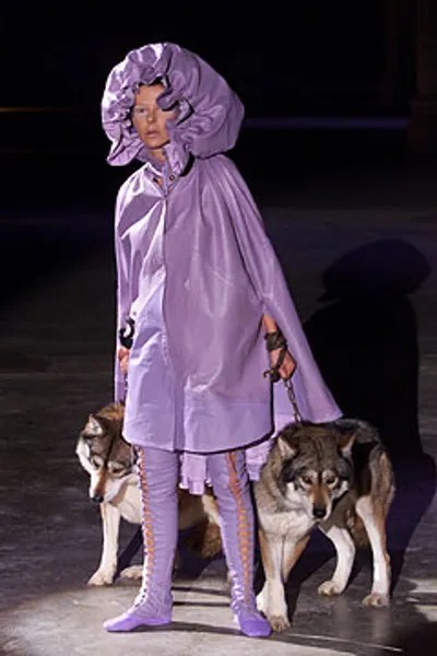 Alexander Mcqueen Fall 2002 Ready To Wear Collection Vogue