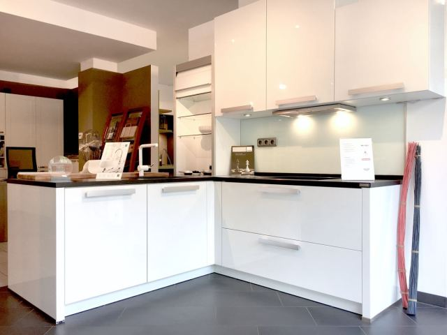 Küchenausstellung | Küchenstudio küche und raum