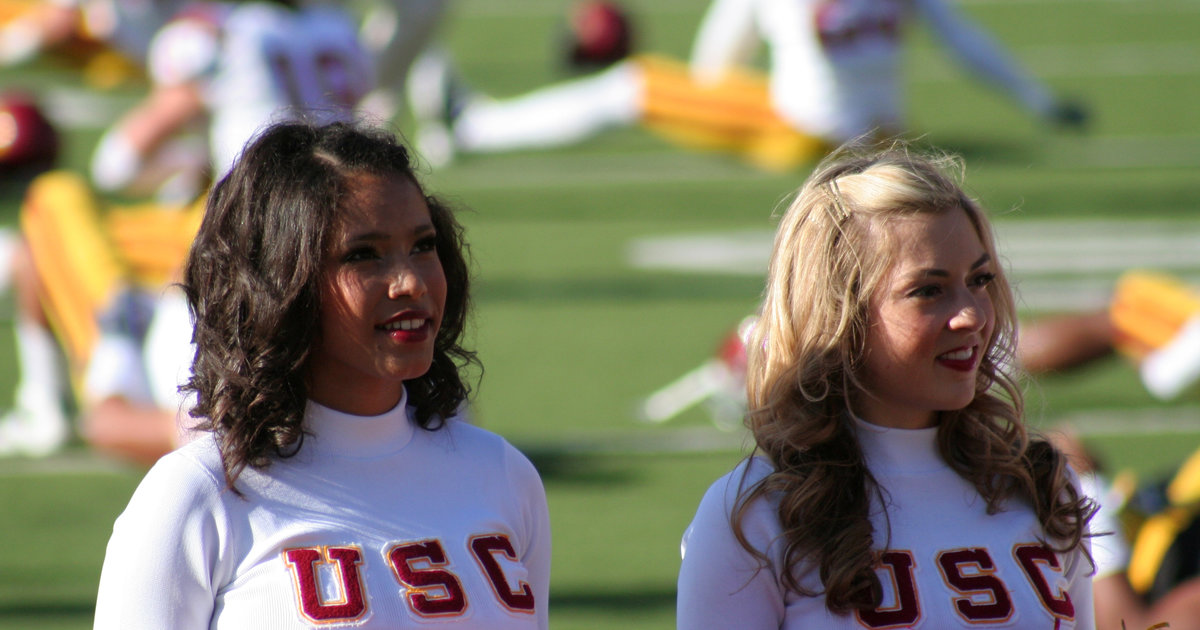 Colleges with the most attractive girls - Thrillist