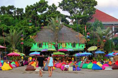Expats Are Moving to Canggu, Bali: Affordable Beach Town ...