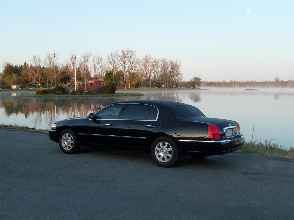 Latest Used 2011 Lincoln Town Car Executive L For Sale Ws 10211 Free Download