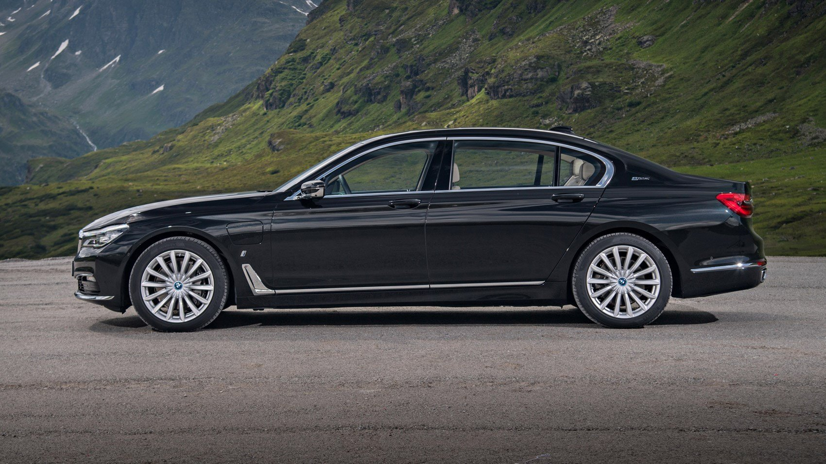 Latest Bmw 7 Series 740Le Xdrive Iperformance 2016 Review Car Free Download