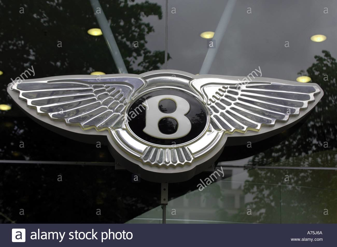 Latest Bugatti Emblem Badge Stock Photo 3829353 Alamy Free Download