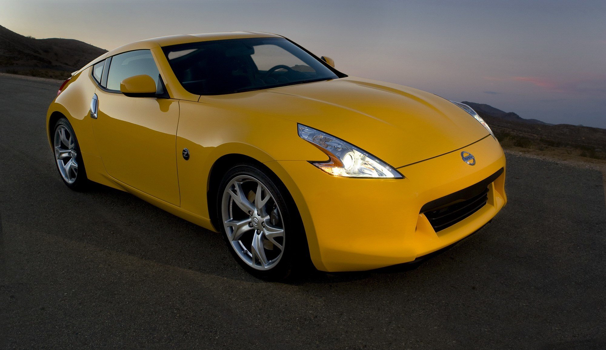 Latest 2011 Nissan 370Z Coupe Top Speed Free Download