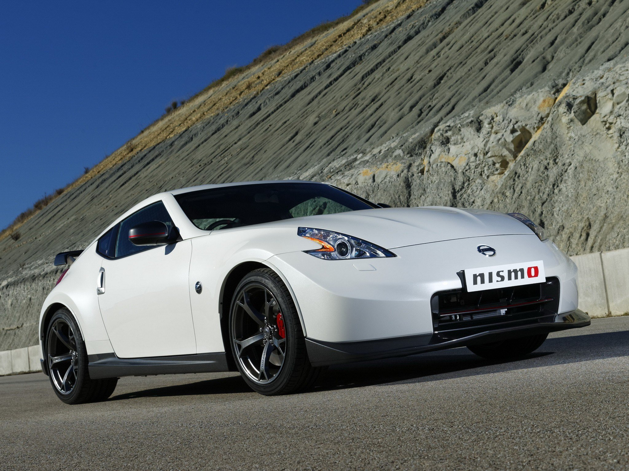 Latest Nissan 370Z Nismo Specs Photos 2013 2014 Autoevolution Free Download