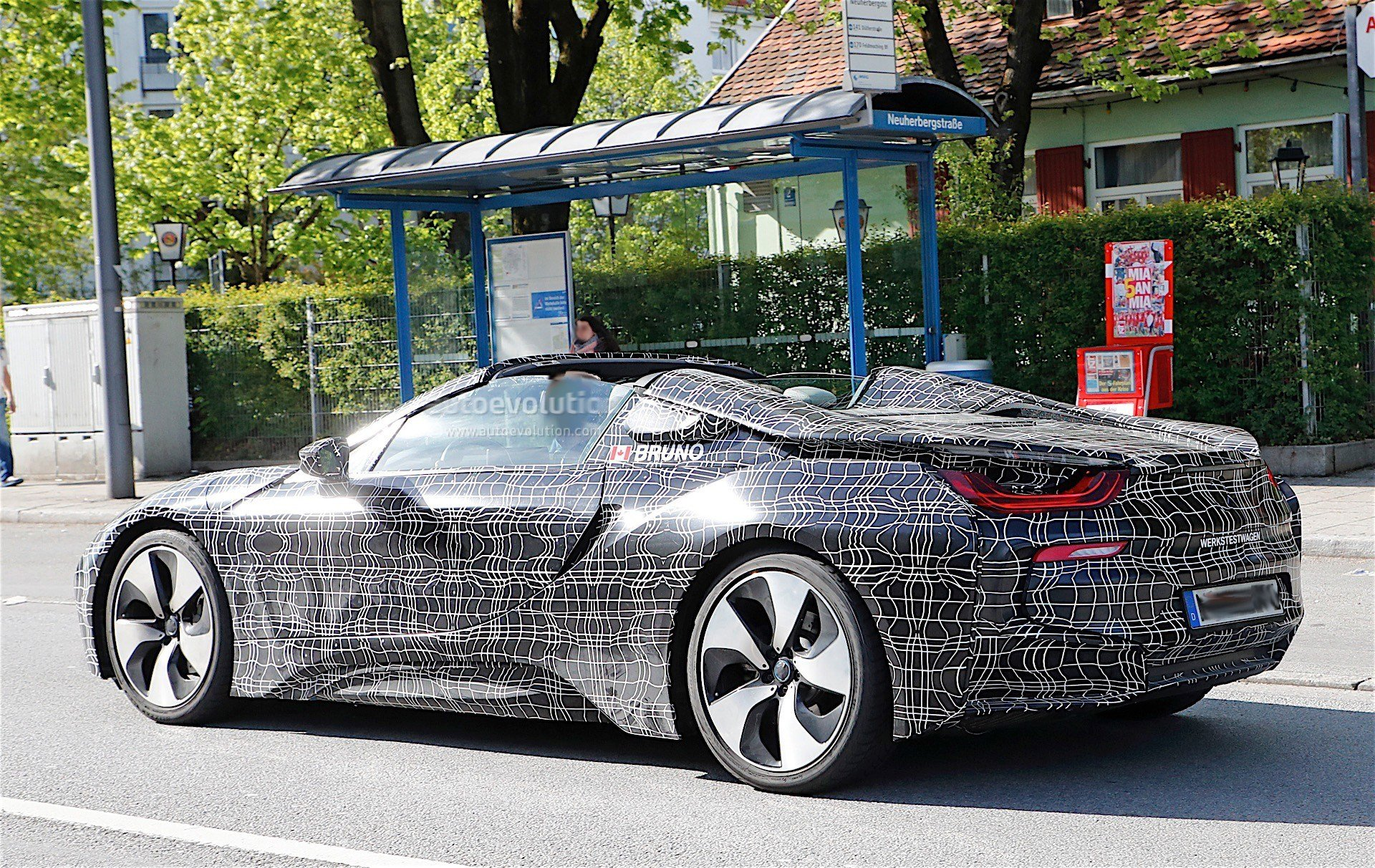 Latest 2018 Bmw I8 Roadster Looks Great With The Top Down In New Free Download